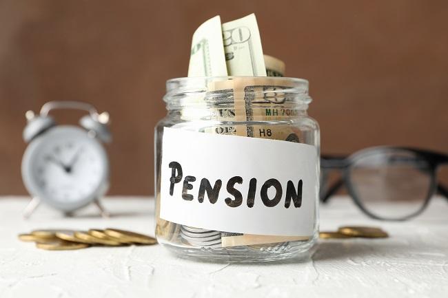 משיכת כספי פנסיה בגיל פרישה